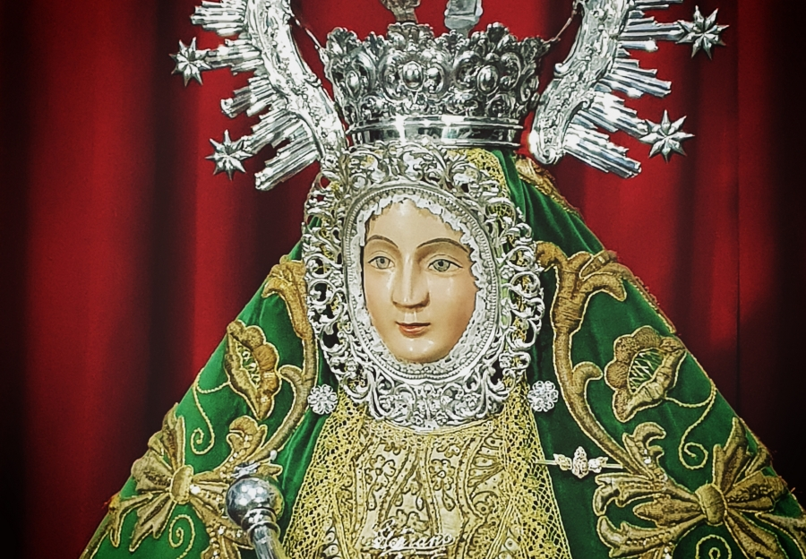 La cofradía de la patrona considera una ofensa la obra sobre la Inmaculada expuesta en Diputación