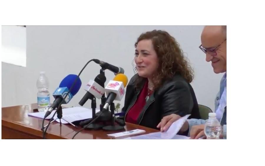 Gema Albornoz gana el premio Saigón gracias a su poema