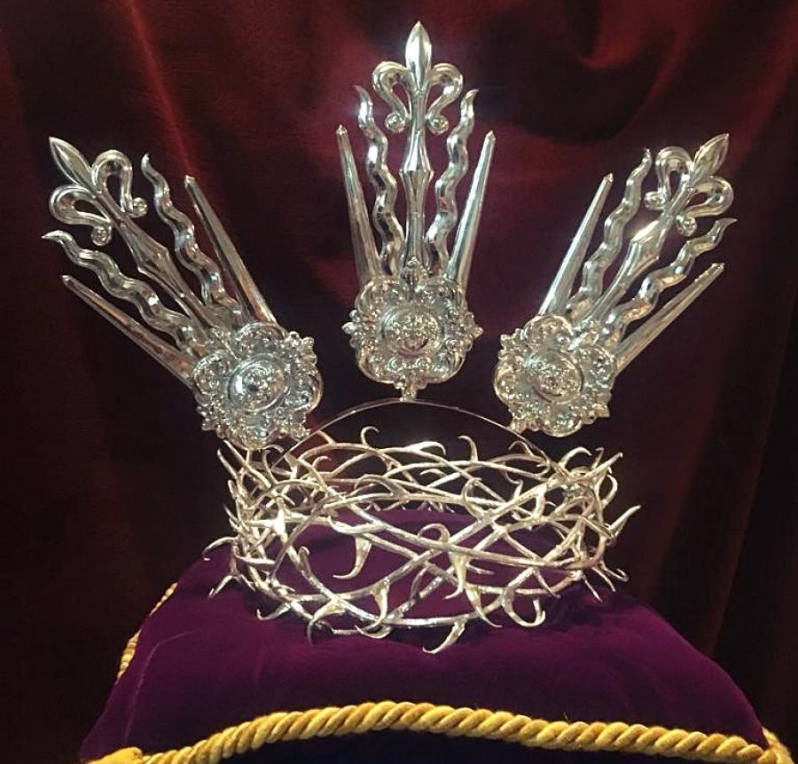 Nueva corona para Jesús Nazareno en su 425 aniversario